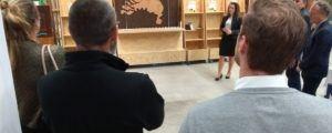 Sissy Verspeek bij de opening Ecobouw stand bij ICDuBo