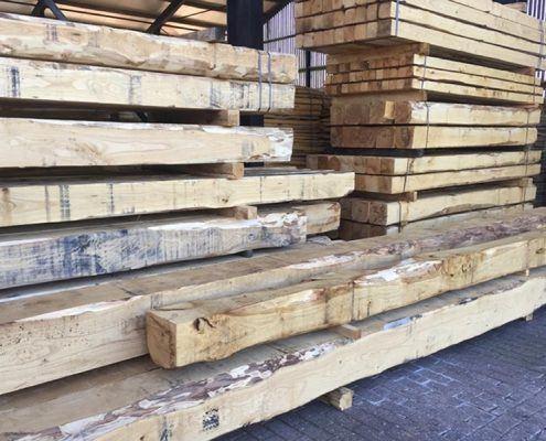 kastanjehout opslag